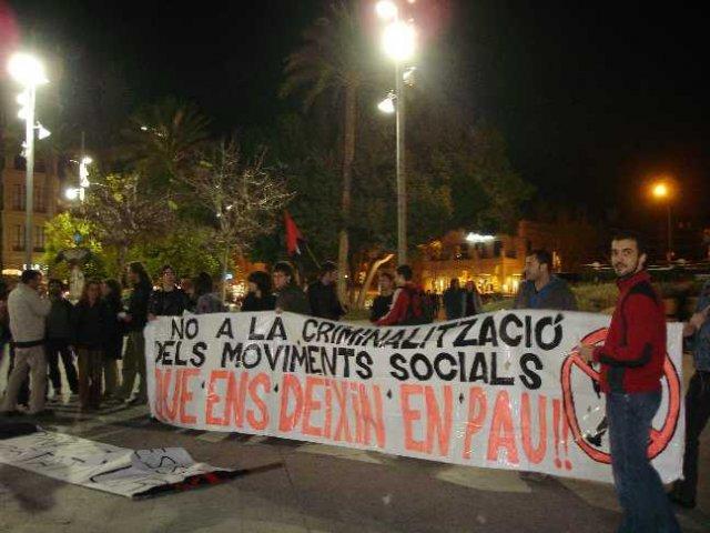 Concentració a Palma en solidaritat a Núria Pòrtulas (16-02-07)